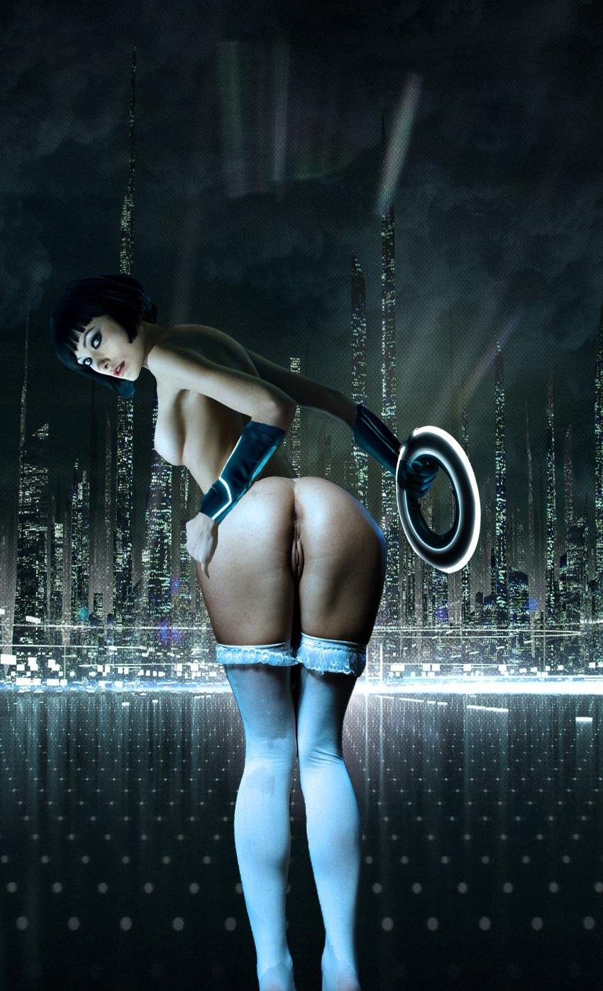 tron girl nude